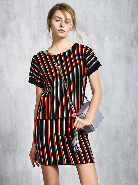威丝曼条纹半裙