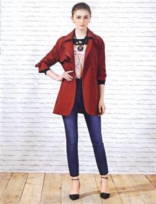 梦茜菲妮红色外套