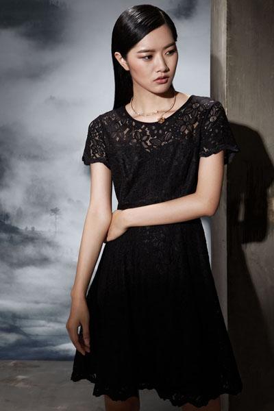 佳纷女装黑色蕾丝连衣裙