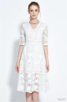 葛来娣白色蕾丝连衣裙