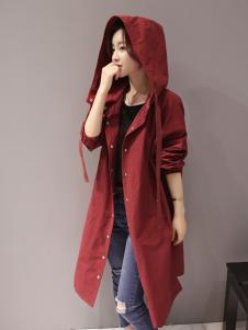 红雨竹秋季红色风衣