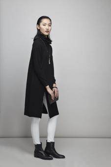 谷可女装黑色外套