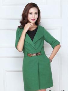 贝尼娜菲绿色收腰大衣