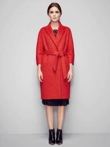 必芙丽红色大衣