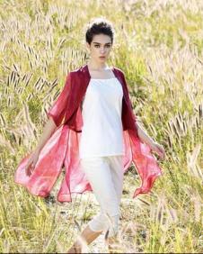 尹红女装红色雪纺衫