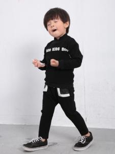 土巴兔童装黑色T恤
