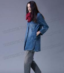 尹红女装牛仔外套