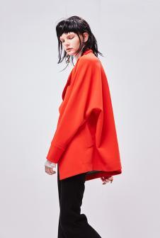 AMCTEN女装红色外套