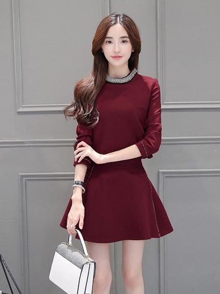 五色五图红色收身连衣裙