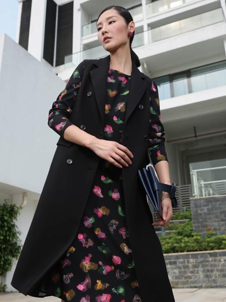 玳莎冬季长款黑色马甲外套正品