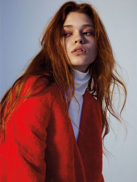 2016DOTACOKO红色保暖大衣