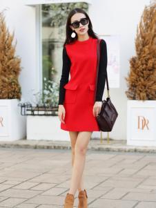 卡茵琪秋季红色撞色连衣裙