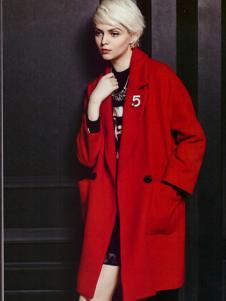 薇妮兰红色毛呢大衣