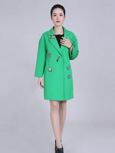 武汉惠品秋冬绿色时尚大衣现货