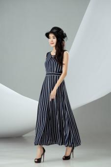 迪丝爱尔无袖条纹连衣裙