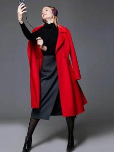 布莎卡冬季时尚红色长款大衣