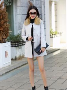 卡茵琪秋季时尚白色修身长款外套