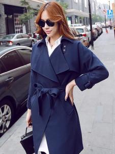 优尚美蓝色大翻领大衣