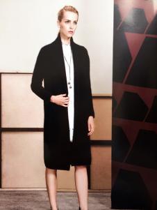 薇妮兰黑色长款外套