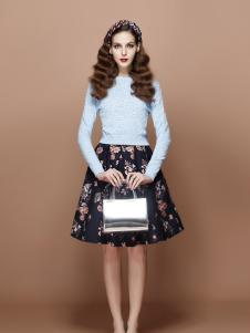 TiTi秋季蓝色修身上衣新款