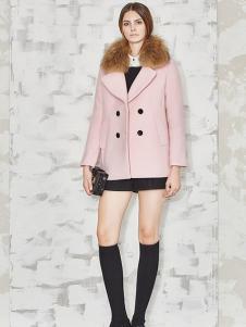 必芙丽粉色毛领外套