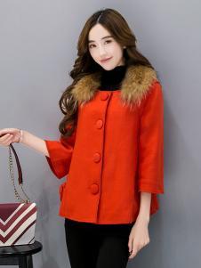 五色五图红色拼接毛领外套