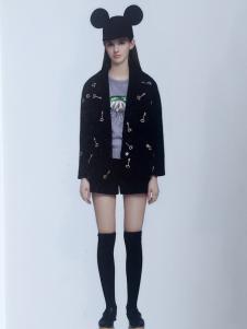 薇妮兰黑色短款潮流外套