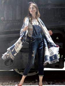 丹尼布鲁深蓝时尚背带裤新品