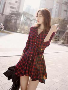 洛丽帕女装秋款新品格子连衣裙