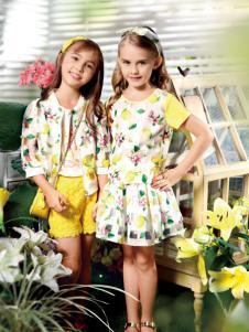 铅笔俱乐部花色连衣裙