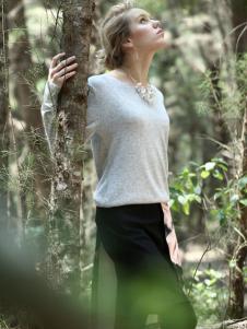 蜜西娅女装2016新品圆领针织