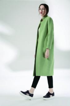 奔狐女装绿色长款毛呢大衣