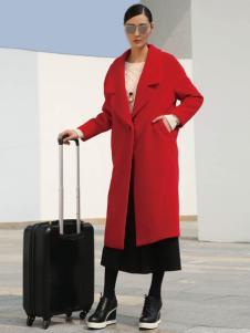 玳莎冬季长款修身红色大衣新货