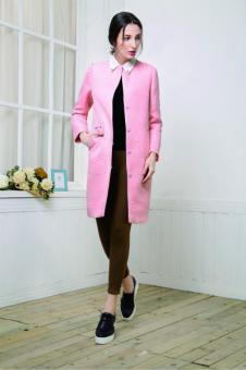 奔狐女装粉色修身大衣