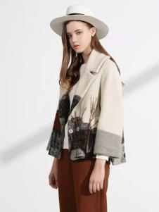 迪斯廷凯冬季修身廓形短款大衣