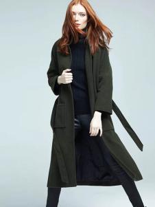 布莎卡军绿色时尚长款外套
