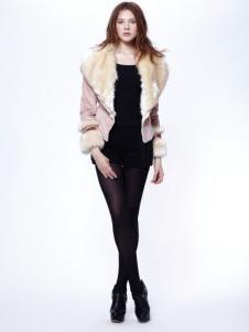 时尚年代女装毛领大衣