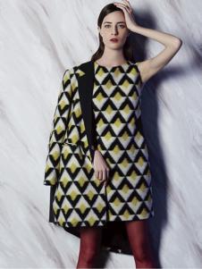 非牌时尚女装菱形图案套装