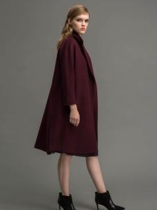 迪索怡红色欧美大衣