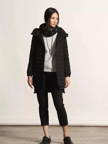 柯妮丝麗时尚黑色外套