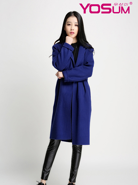优尚美蓝色修身简约大衣