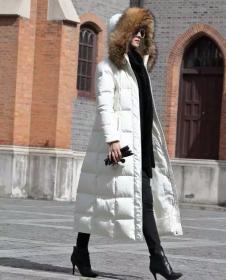 捷栖女装白色长款连帽羽绒服
