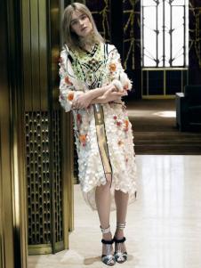 AZ国际名品集合店女装