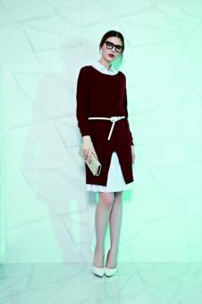 赫梵茜女装红色开叉收腰连衣裙