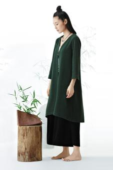 衣甸女装2016秋冬新品绿色棉麻长衫 款号267120