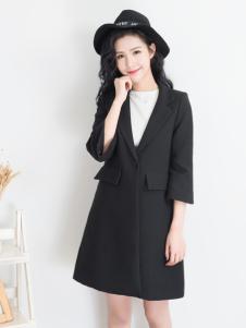 天使韩城黑色A字版七分袖外套