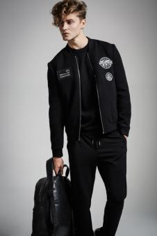 弗朗?费雷男装黑色圆领外套