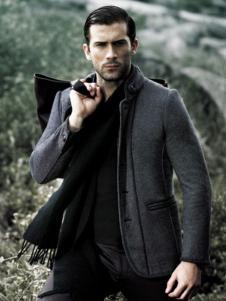 九九良品男装灰色修身大衣