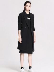 曼娅奴韩版修身黑色大衣