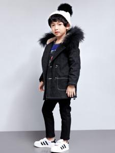 玛玛米雅男童毛领外套